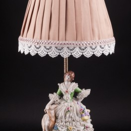 Дама с собакой, кружевная, лампа, Muller & Co, Германия, 1920-30 гг
